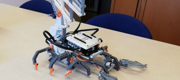 Lego: Build Spike with Arduino brain - vanslooten com